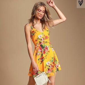 Lulu's Yellow Floral Sleeveless Dress NWT